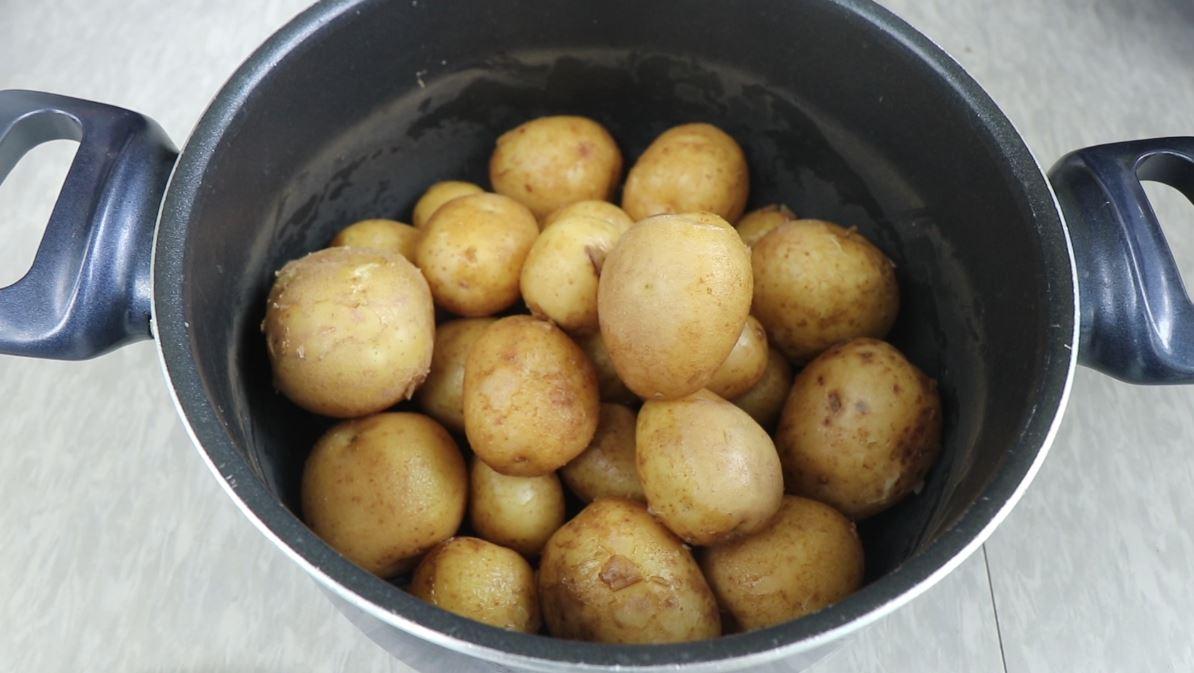 삶은 감자